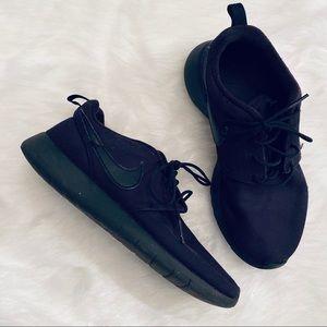 Nike Roshe 5.5 Youth Big Kids All Black